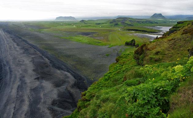 De ruige kust van Snaefellsness