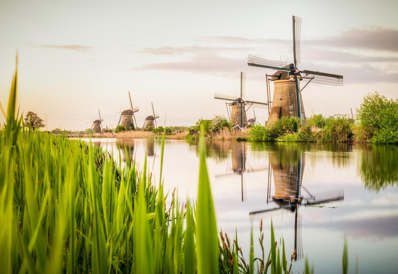 Deze 9 UNESCO-Werelderfgoederen vind je gewoon in Nederland - en zo kun je ze bezoeken