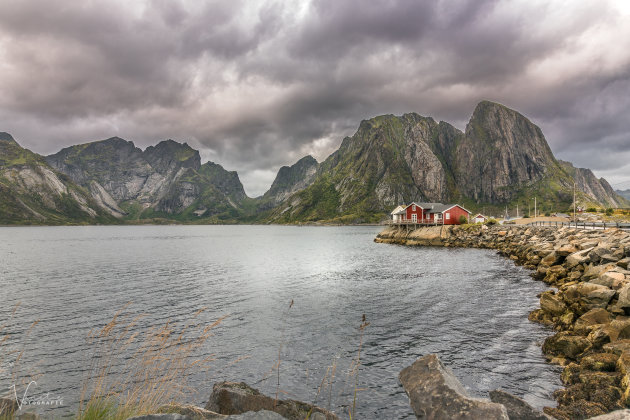 Hamnoy in Cloudy wetter