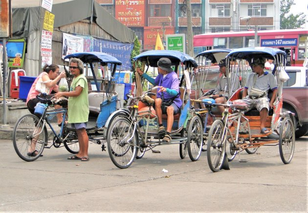 Fiets taxi's in Bangkok.