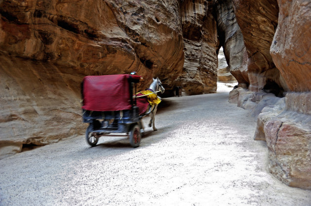 De Siq, toegangsweg naar Petra, Jordanië