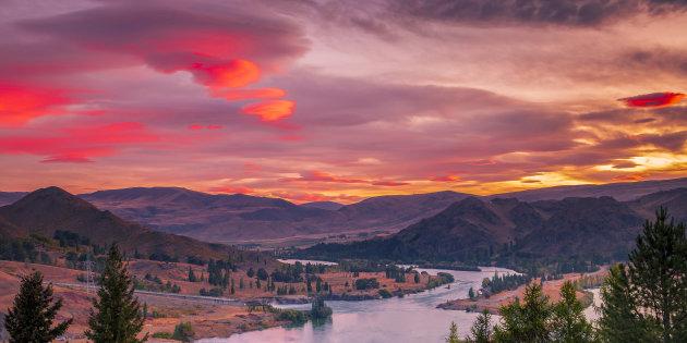 Zonsondergang vanaf de Benmore dam