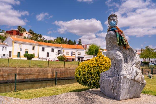 Standbeeld in Ferragudo