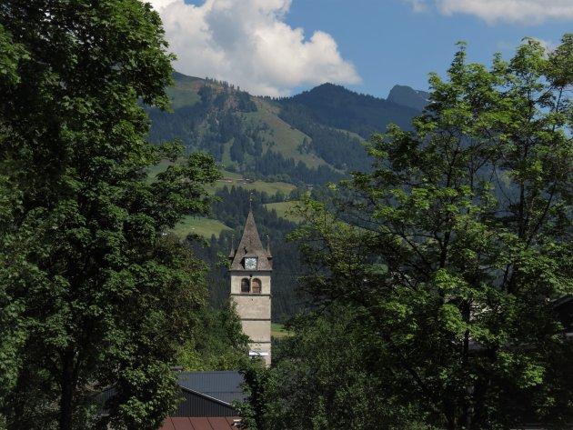 De toren van de Liebfrauenkirche