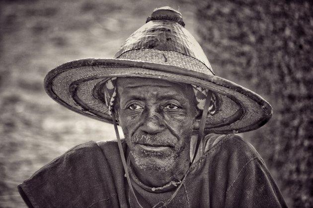 Onder de Fulani hoed