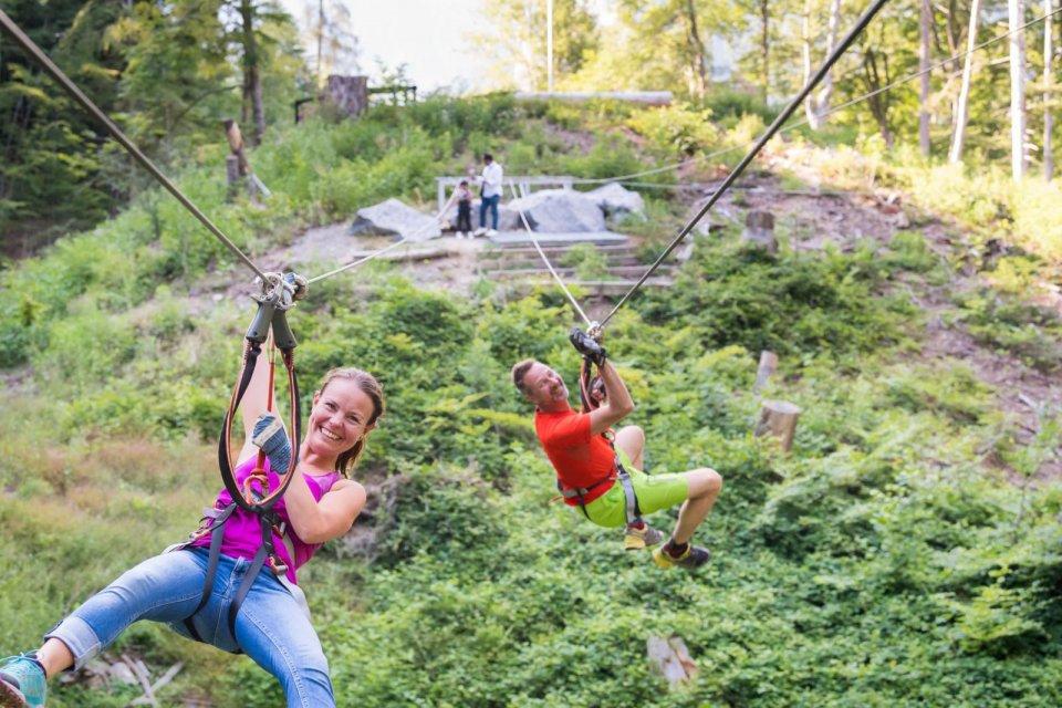 Ziplinen in Berner Oberland CREDIT Interlaken Tourism