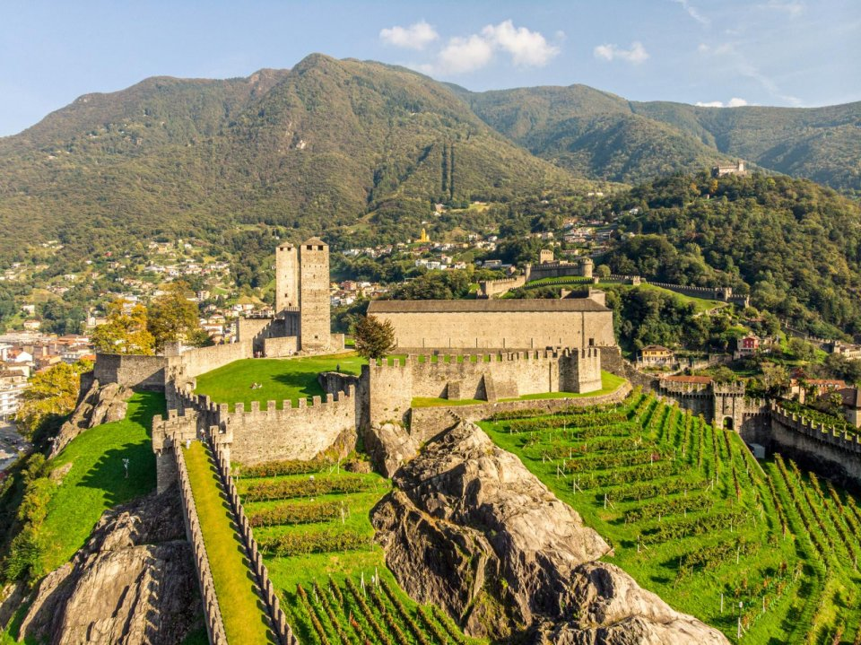 Kasteel in Ticino CREDIT Redesign