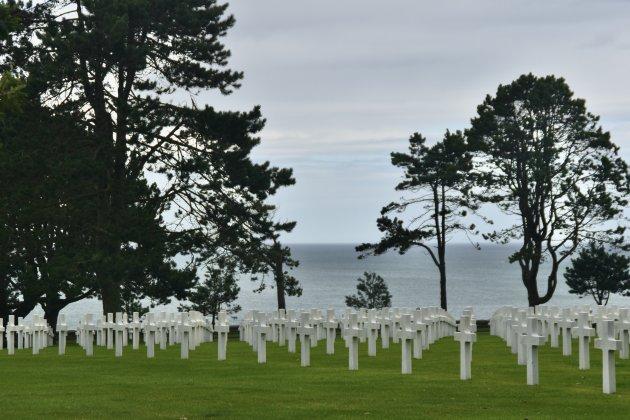 In stilte op de Normandy American Cemetery and Memorial