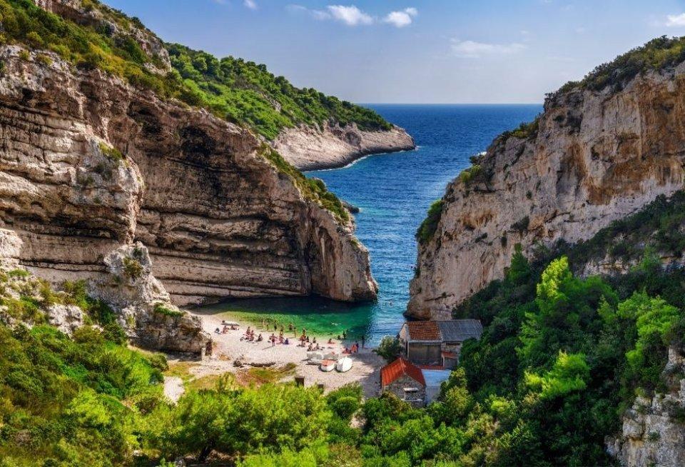 Stiniva is een verborgen paradijs. CREDIT Aleksandar Gospic