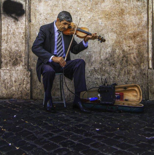 Een violist in Rome