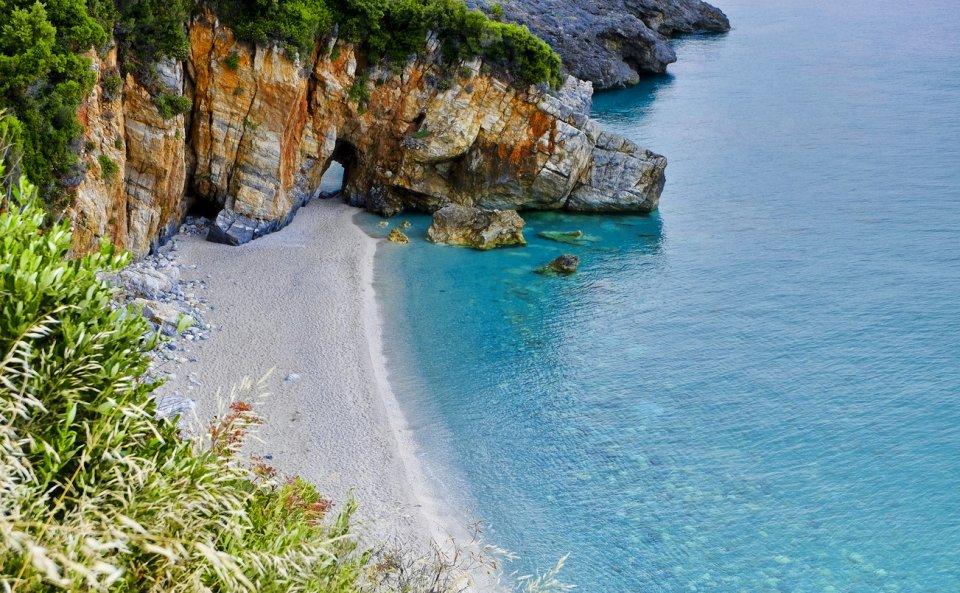 Het strand van Mylopotamos op Pilios CREDIT iStock