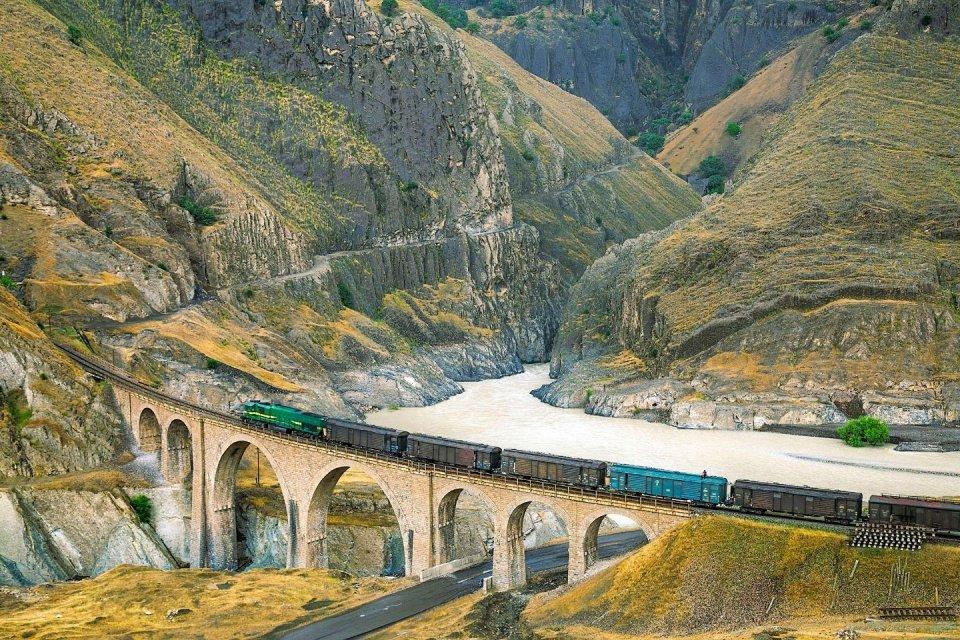 Werelderfgoed 2021 - Trans-Iraanse spoorweg Iran - © Hossein Javadi