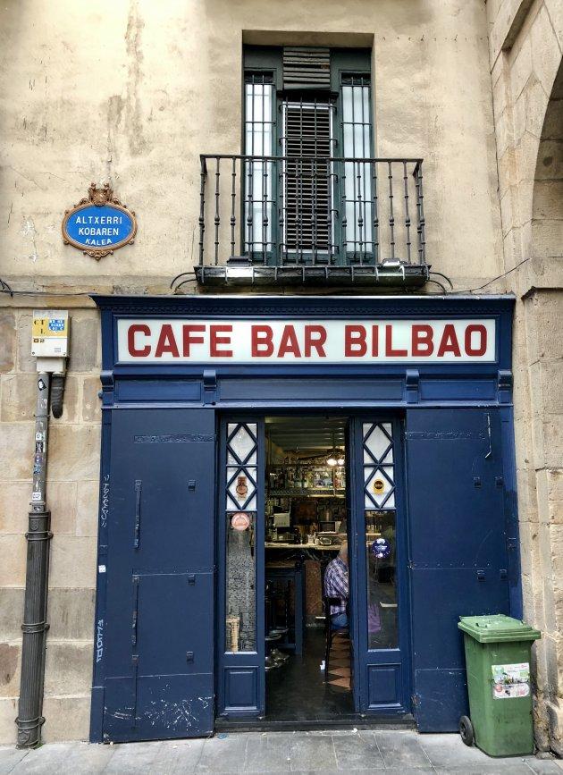 Pintxos eten in Bilbao