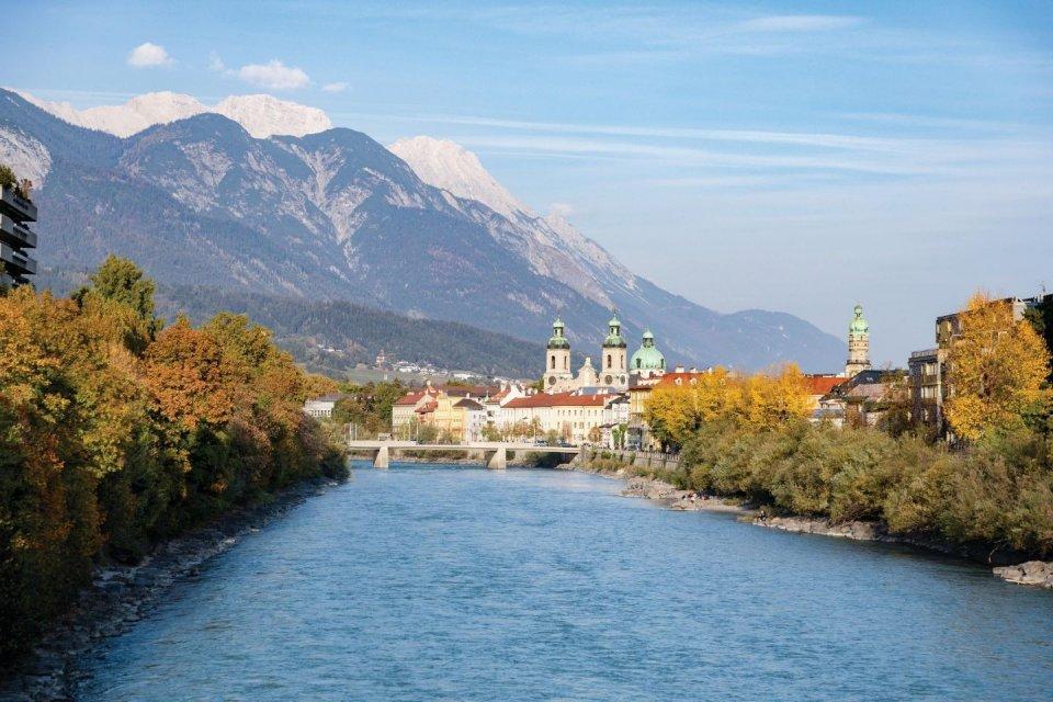 Innsbruck - Daal af in een kloof