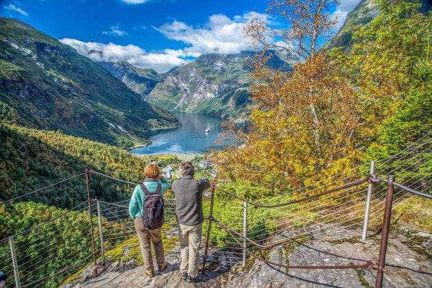 Hoog boven Gerangerfjord