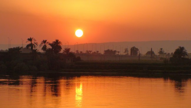 Zonsondergang in Luxor