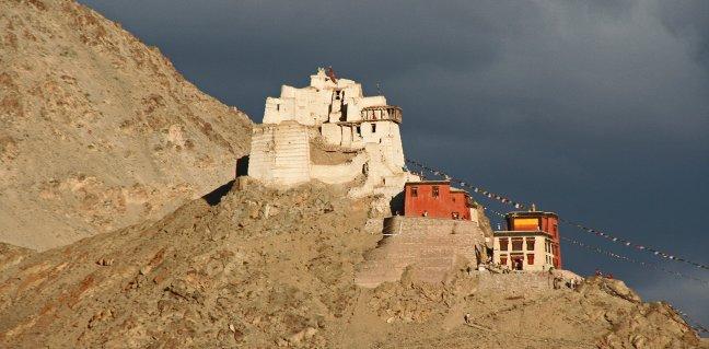 Klooster bij Leh
