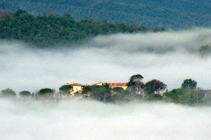 Mist in Toscane