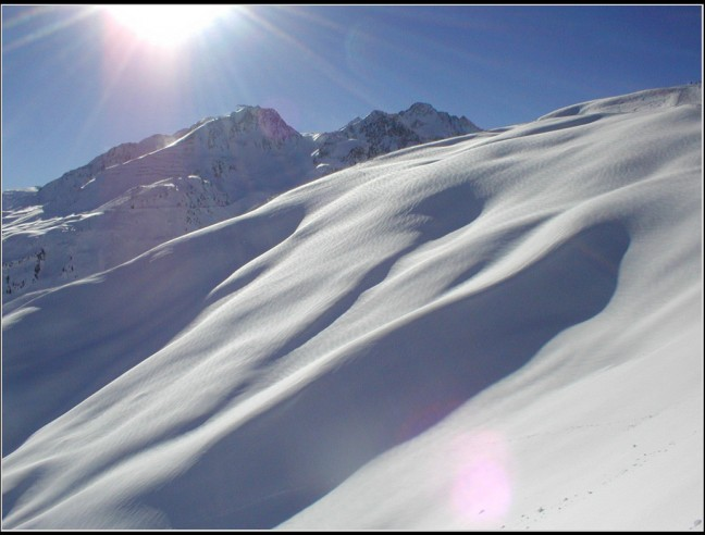 prachtige sneeuwhelling