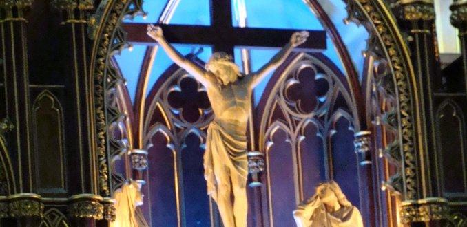 Binnen in de Notre Dame in Montréal