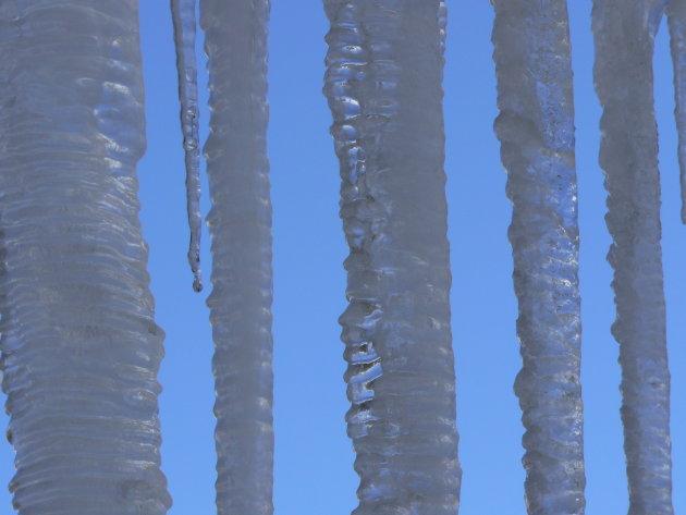 ijspegels in fareya