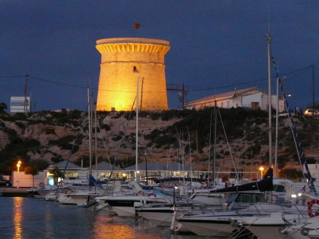 De haven van El Campello