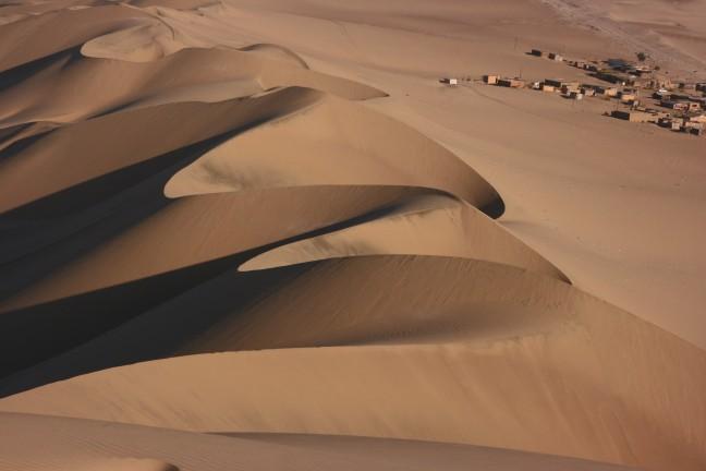 Zand en dorp