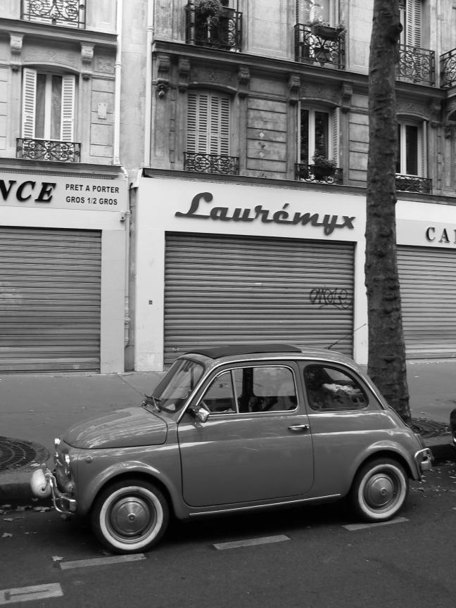 Small car, Paris.