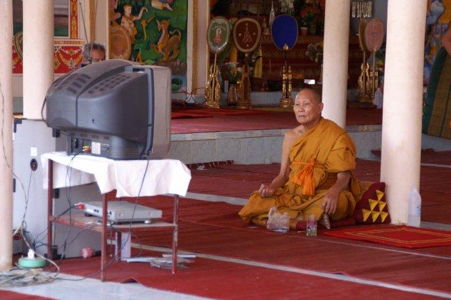 Ook een monnik wil Tv kijken