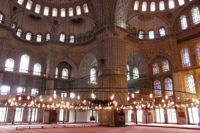 in de blauwe moskee
