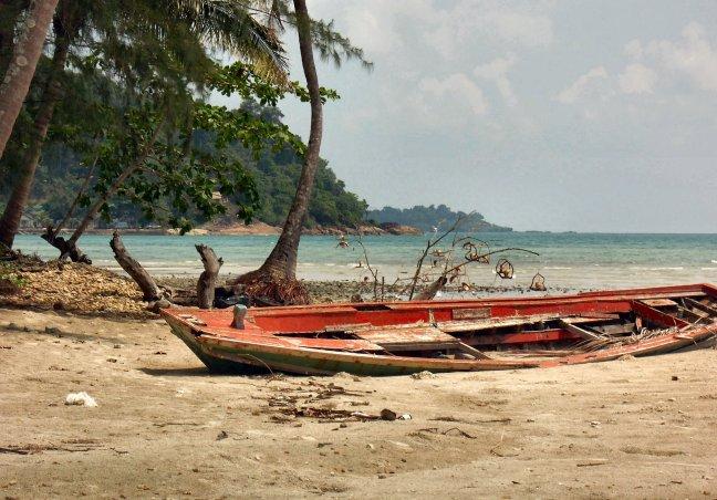 Vergane glorie Khlong Prao beach. (2107ups)
