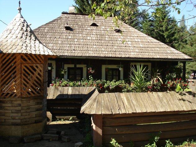 Boerenhuis met waterput, Boekovina