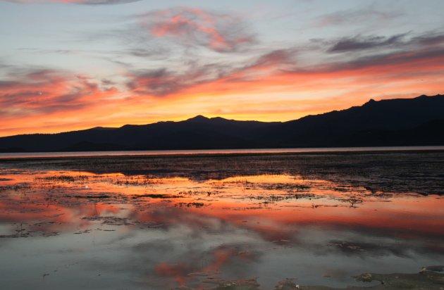 zonsondergang Lake Markakol