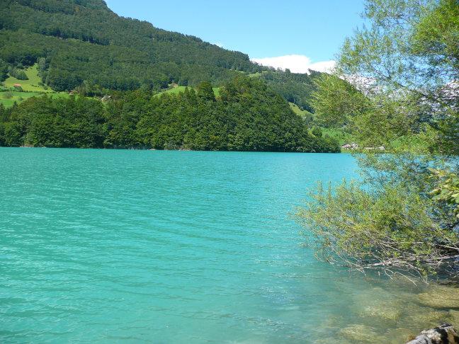 IJsblauw meer