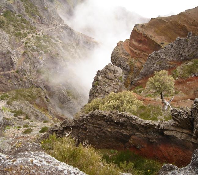 In de bergen en boven de wolken