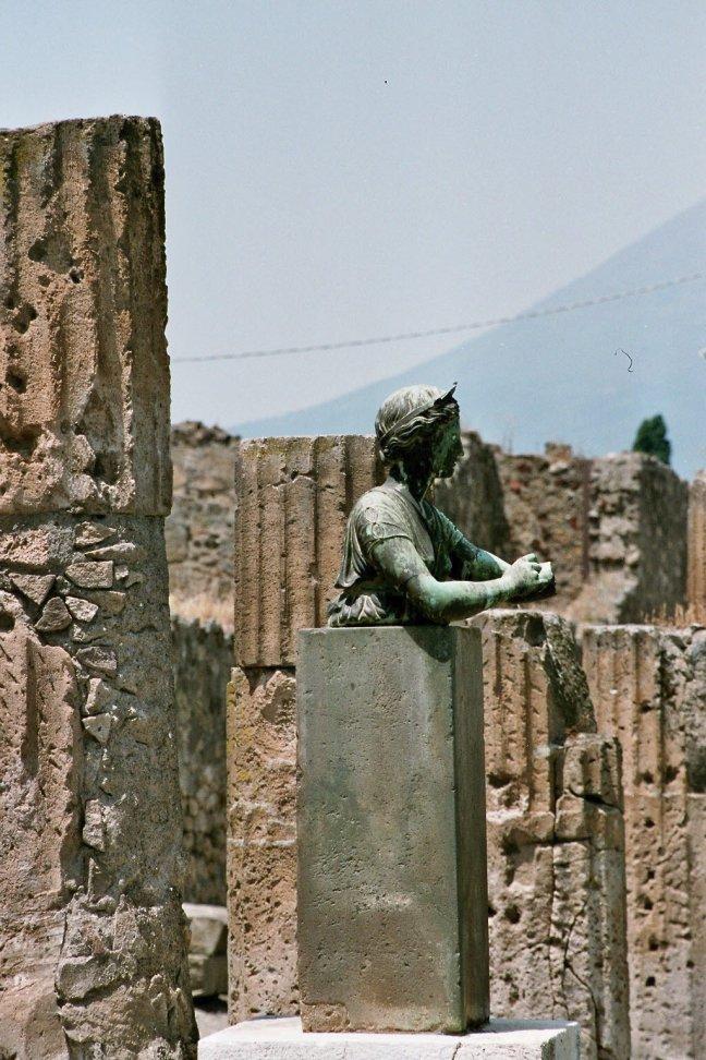 Buste bij Pompeii