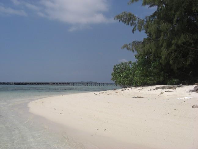Bounty eiland bij Jakarta voor de kust