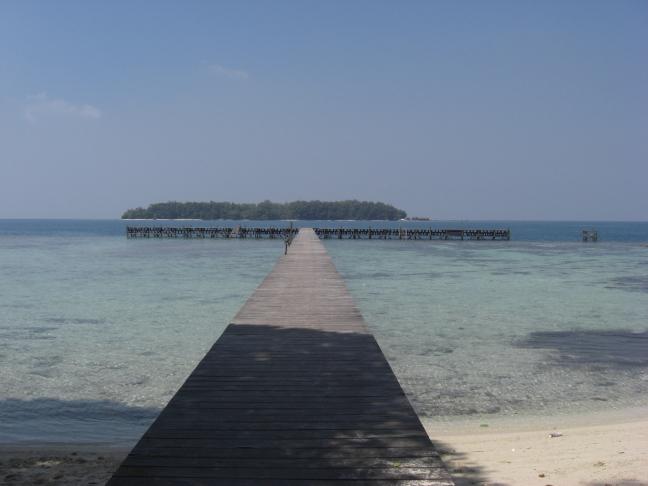 Op een onbewoond eiland!