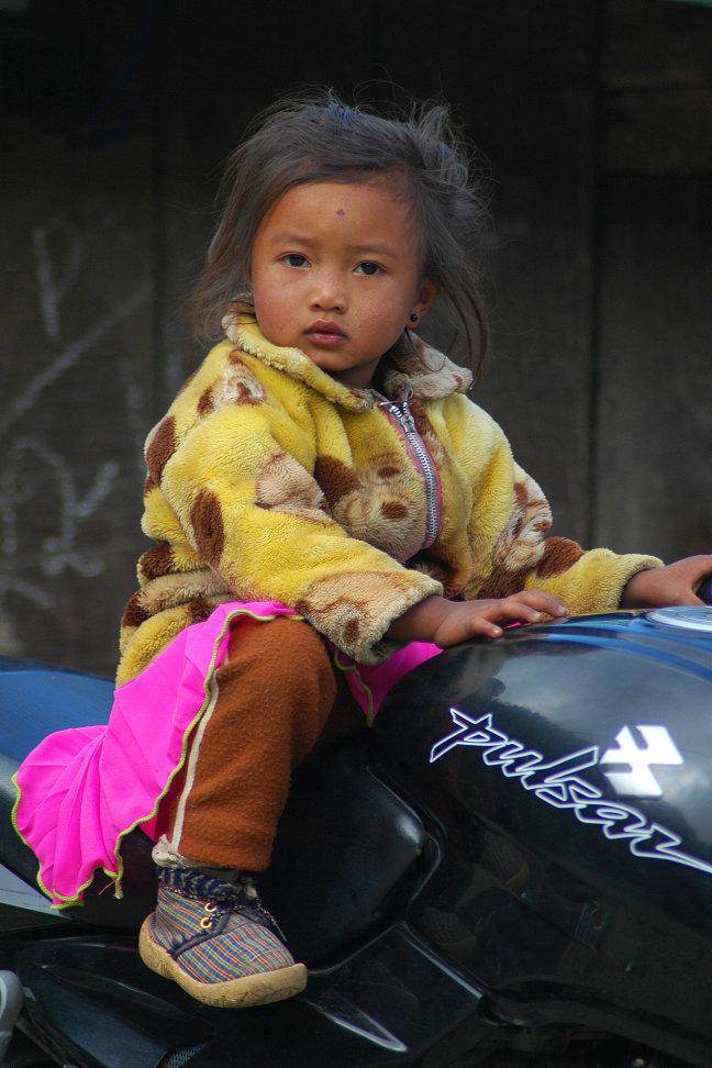 Jonge motorrijdster