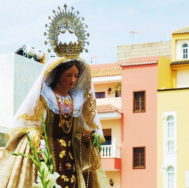 Maria met de zonnepanelen