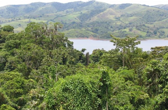 Met de bus van La Fortuna naar Monteverde