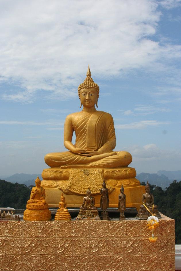 Wat Thumsua