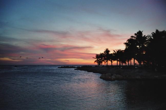 zonsondergang bij Lions Dive Resort