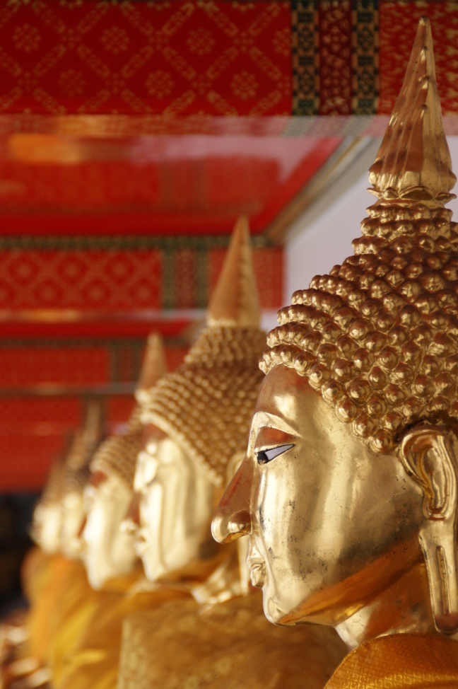 Boeddha's op een rij...