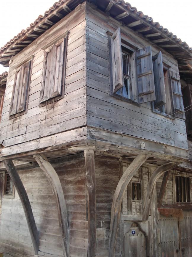 Houten huisje in Sozopol