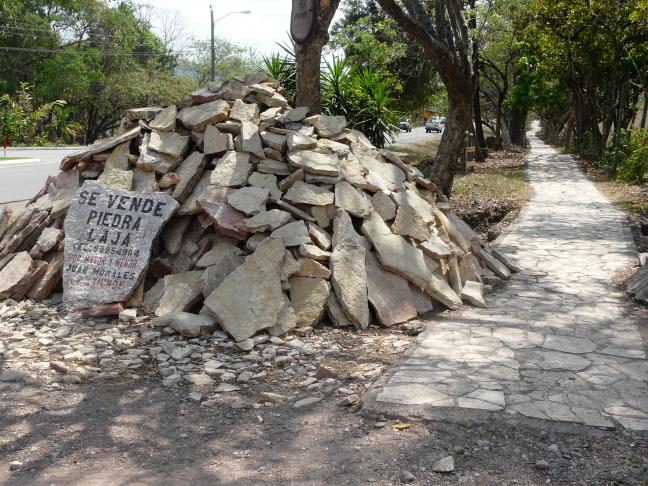 Stenen te koop