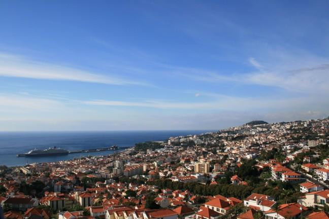 Funchal vanuit de kabelbaan naar Monte...