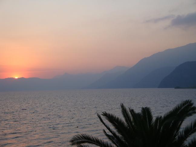 zonsondergang in panajachel