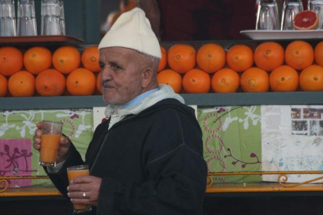 drink sinaasappelsap!