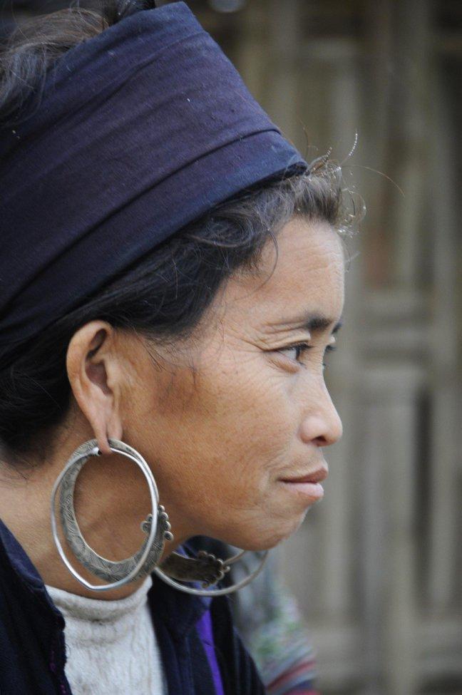 Zwarte Hmongvrouw